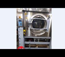 Máy giặt công nghiệp Electrolux 120 kg
