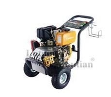 Máy rửa xe cao áp chạy bằng xăng Lutian 18G30-13 (13 hp)