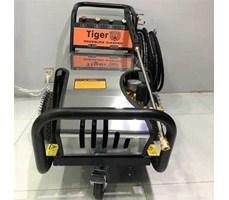 Máy phun xịt rửa xe cao áp Tiger UV-3200 5.5KW